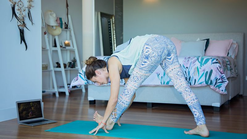 Don't have time for yoga? Here's 10 ways to squeeze some yoga into your day right now!